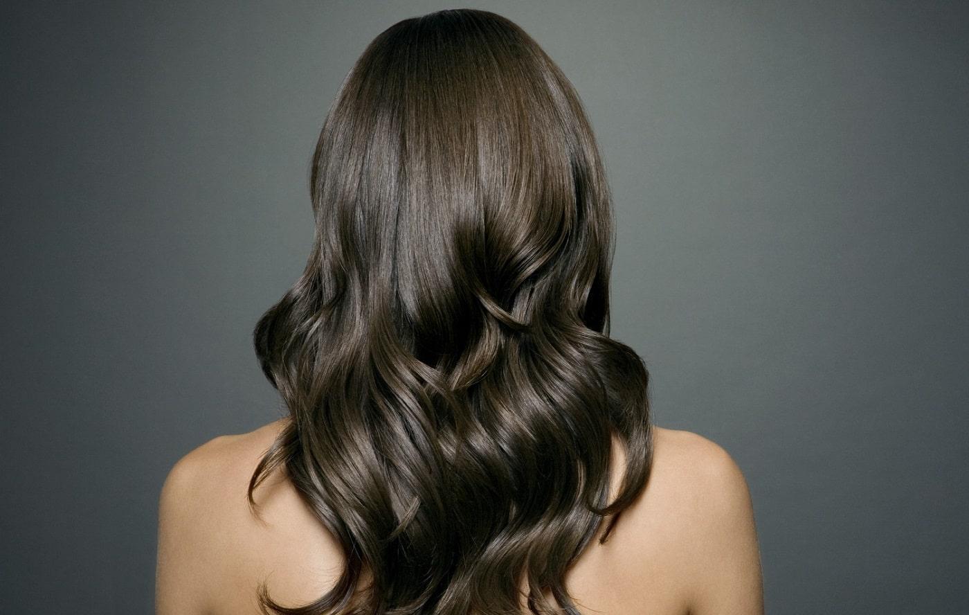 17 أفضل فيتامين للشعر لزيادة سماكة وطول شعرك