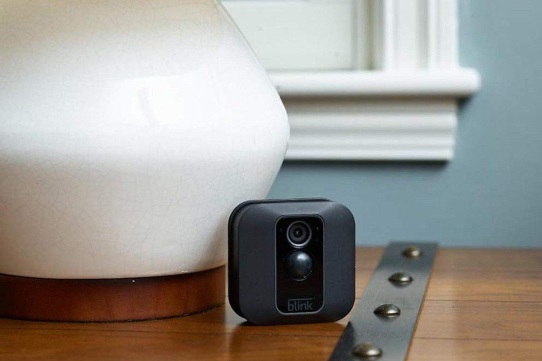22 أفضل كاميرات مراقبة صغيرة ولاسلكية ومخفية في 2021